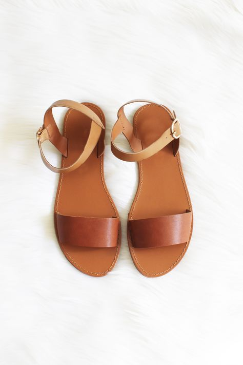 Steve Madden Shoes, Shoe Game, Shoes Sandals, Boho Grunge, Huaraches, Glass  Slipper, Slippers, Porn, Forget