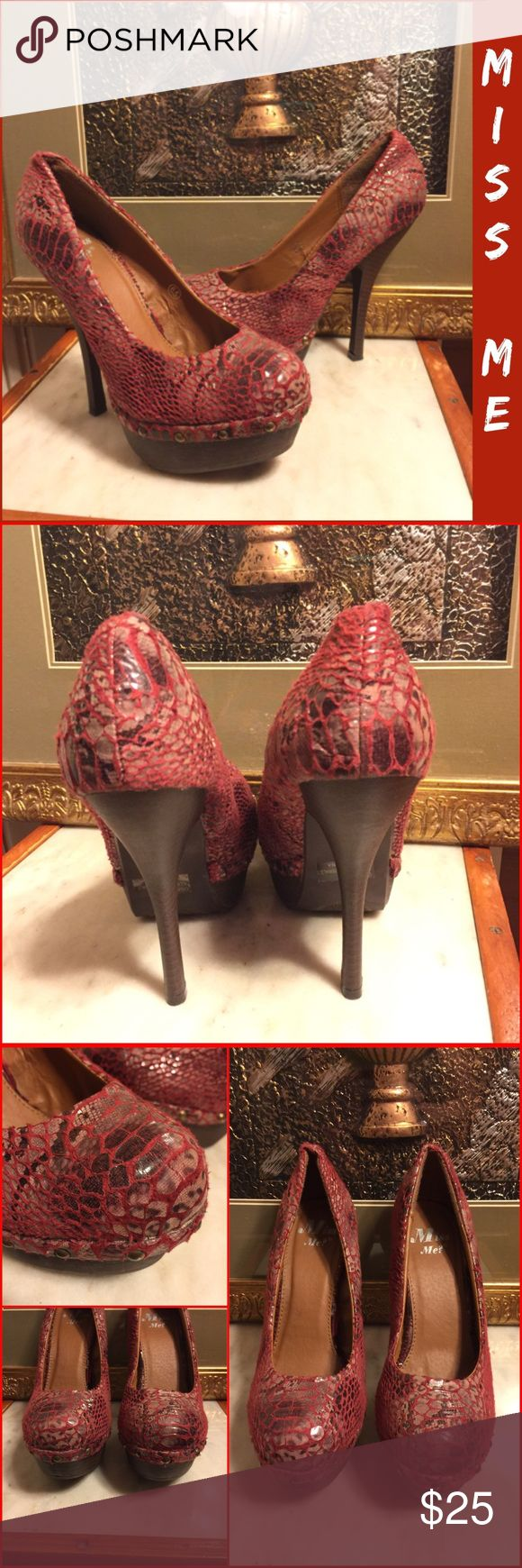 "SZ 6.5-MISS ME? RED ""SNAKESKIN"" "" OSAKA"" 5"" PUMPS RETAIL $75-LIKE NEW-ONLY SIGN OF WEAR IS ON SOLE -OWNER WORE ONCE! SZ 6.5 MEDIUM/REGULAR WIDTH MISS ME? "" OSAKA-4"" MULTI-COLOR RED/PINK/BLACK TEXTURED SNAKESKIN LOOK 5"" HEEL/2"" FRONT PLATFORM PUMPS. BRASS STUD ACCENTS ALL AROUND BASE! ALL MAN-MADE MATERIALS. PLEASE DO NOT HESITATE TO ASK ANY QUESTIONS. #likenew #missme? #highheel #platformpumps #redmulticolor #textuted#snakeskinprint #pumps Miss Me Shoes Platforms"