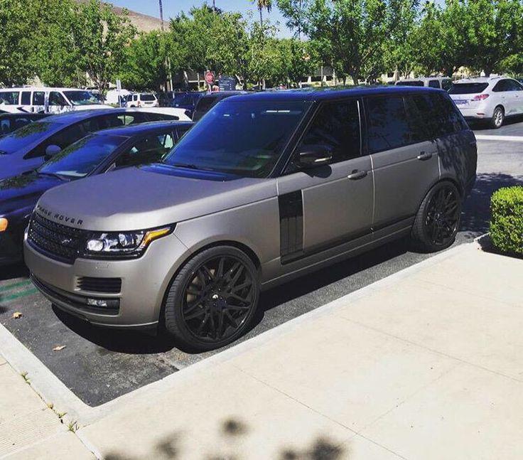 Matte grey Range Rover with black details