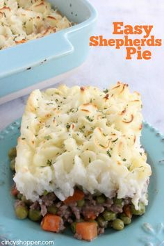 Easy Shepherd's Pie Recipe- Super Simple. Comfort food at it's finest! Sub with veggie beef, Veggies and Mashed Potatoes...Yes Please!