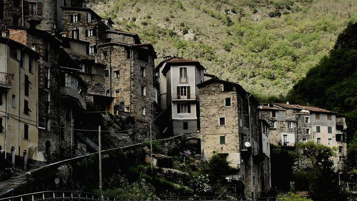 https://flic.kr/p/Q5av6v | Bugio - ein italienisches Bergdorf in den Seealpen