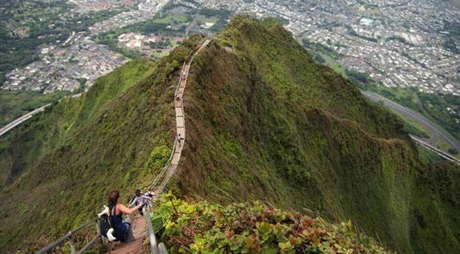 Dünyanın adrenalin yüklü yürüyüş parkurları