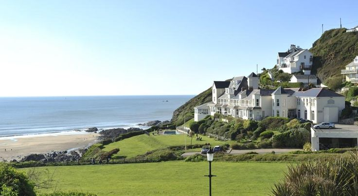 Watersmeet Hotel Woolacombe Watersmeet Hotel is in Mortahoe, along the South West Coast Path. This relaxing 4-star hotel has stunning views over Woolacombe Bay and private steps down to the sandy beach. It has 2 swimming pools, free WiFi, and a restaurant with sea views.