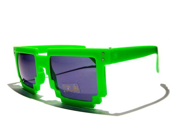 FREE SHIPPING Green sunglasses pixel par BubbleGumGraffiti sur Etsy