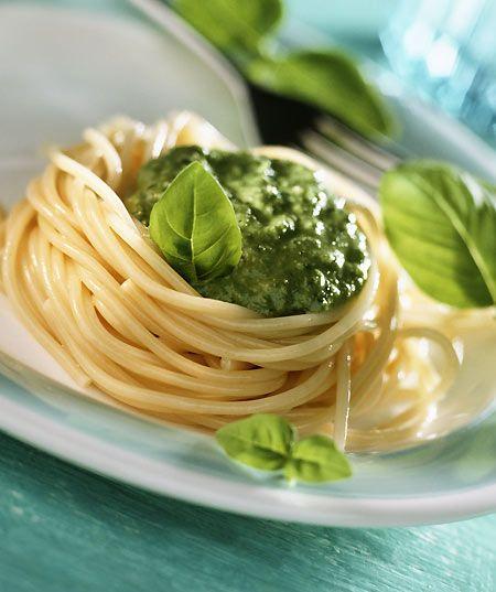 Spaghetti: dieci ricette da leccarsi i baffi per una pasta con gli amici: Foto - Di•Lei - Donne