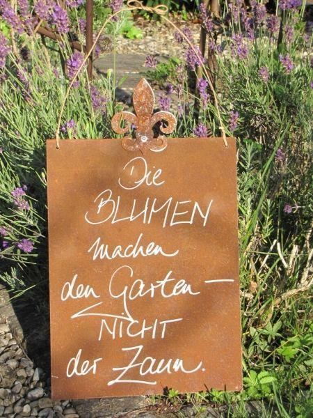 """Edelrost Schild mit Lilie """"Blumen machen den Garten"""" Wunderschönes Edelrost Sch…"""