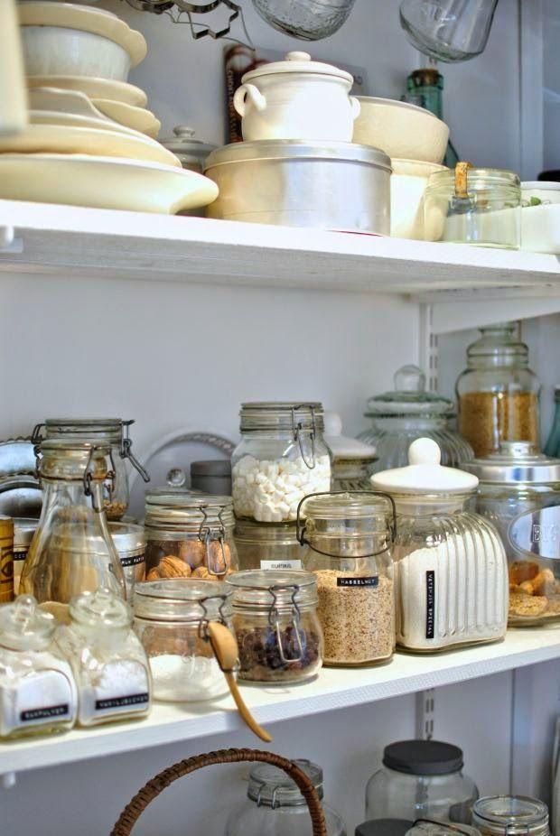 walk in skafferi lantligt pantry