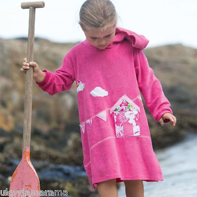 Beach robe, hooded, applique, beach hut, pink