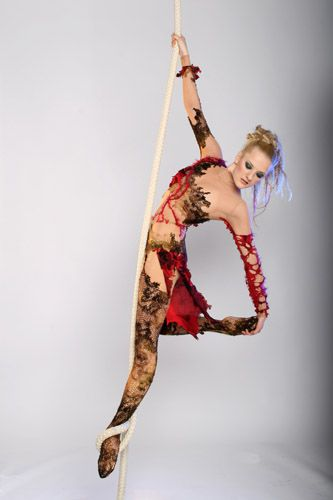 Aerial acts | Entertainment Agency | Corporate Entertainment | Agence de Spectacle | Talents Agency