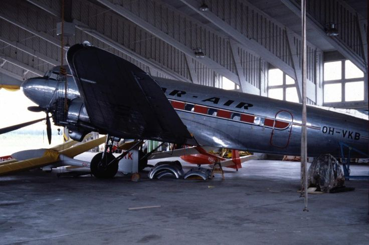 Kar-Air's DC-3A-214, c/n 1975, OH-VKB @ EFJO, 1980-07-05, the summer after it was withdrawn from use.