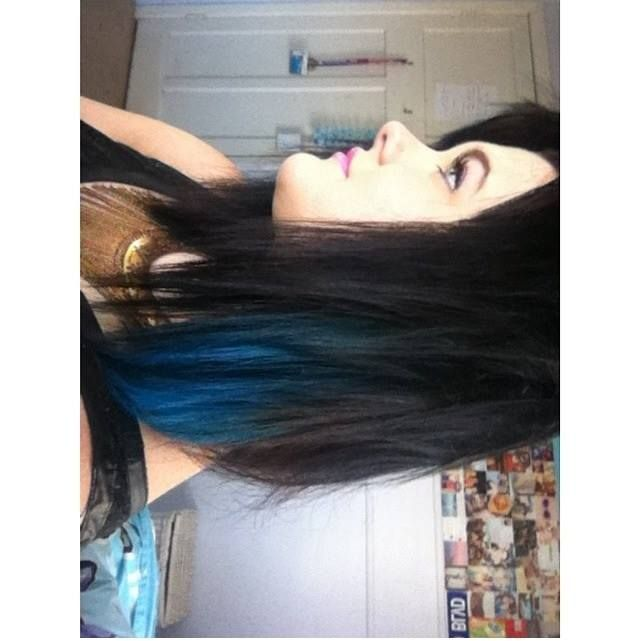 Blue hair? Why not!