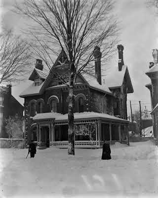 Jessie Dixon was a talented amateur photographer. This images shows her family home at 61 East Avenue South, Hamilton. ca 1907