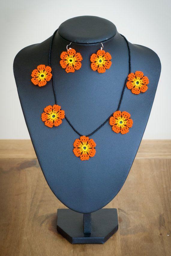 Mexicana Huichol cuentas collar flores por Peiote en Etsy