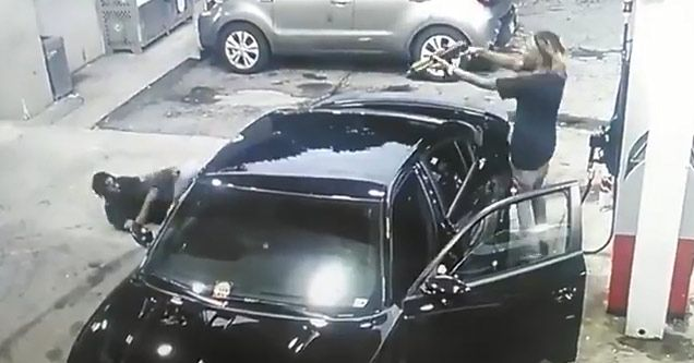 Crazy Shootout At Atlanta Gas Station
