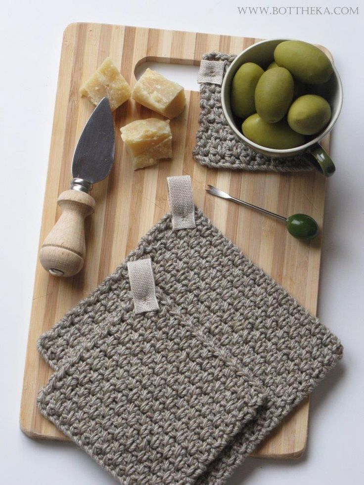 olive green color http://bottheka.com/en/kitchen-affairs-vi