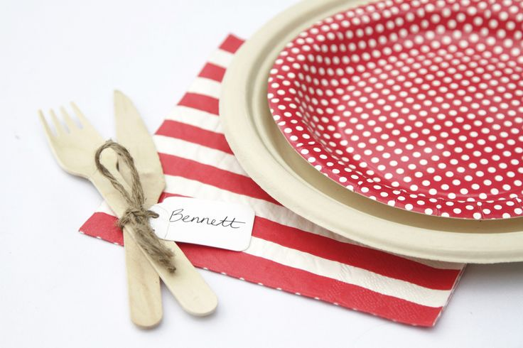HiPP Red Polkadot cake plates teamed with natural bamboo dinner plates and hiPP striped napkins make for a creative Christmas dinner setting | The Paper Lantern |