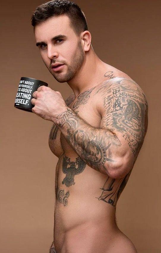 Sexy hot tattoo guy naked