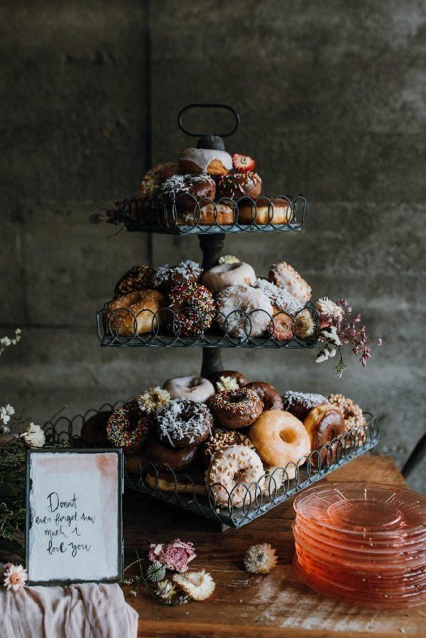 If you're on a tight budget, a brunch wedding could help you save because it'll run for fewer hours, which means you're paying your vendors for less time. | Image by Jessica Heron