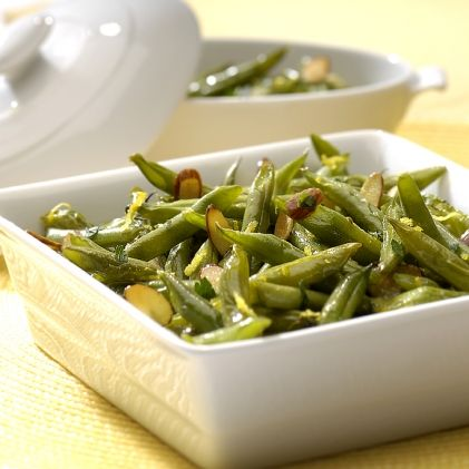 Actifry green beans with almonds and parsley