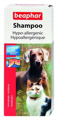 Beaphar Hypoallergenic Shampoo for dogs & cats with highly sensitive skin.