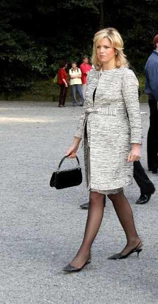 Crown Princess Maxima Recycles Her Clothes: May 2005 - March 2007 - Page 2 - The Royal Forums