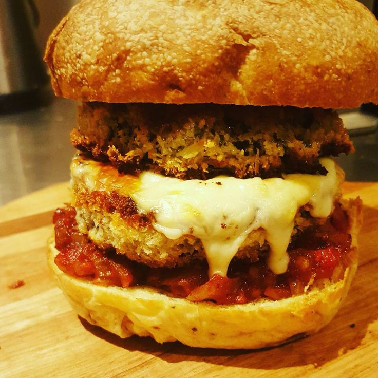 Egg plant parma burger #wecaterforvegostoo #stacked