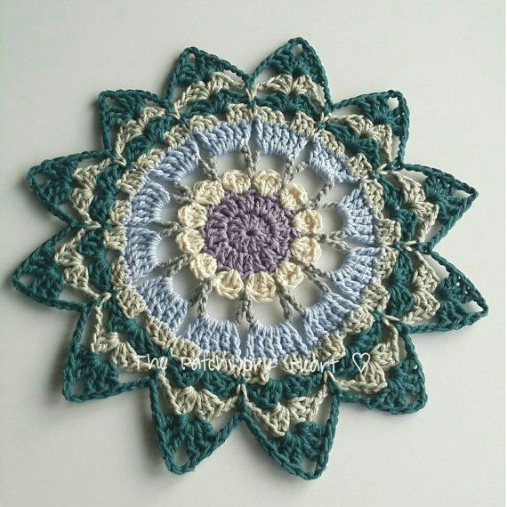 Pretty Crochet Table Mat