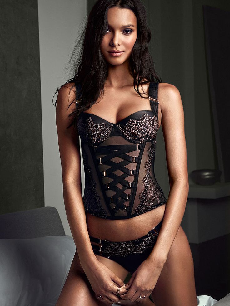 135 best beauty icons lais ribeiro images on pinterest lais ribeiro beleza and body - Bustier femme chic ...