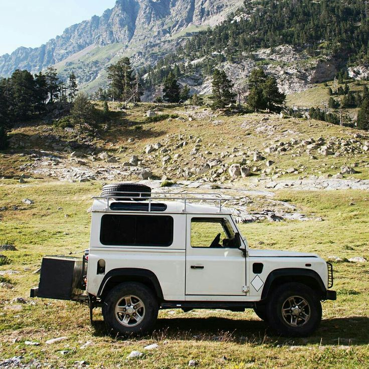 Land Rover Defender 90 Td5 Sw. County Mountain travel.