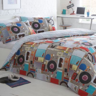 17 best ben de lisi house stuff images on pinterest debenhams ben de lisi home designer grey clutter bedding set at debenhams gumiabroncs Images