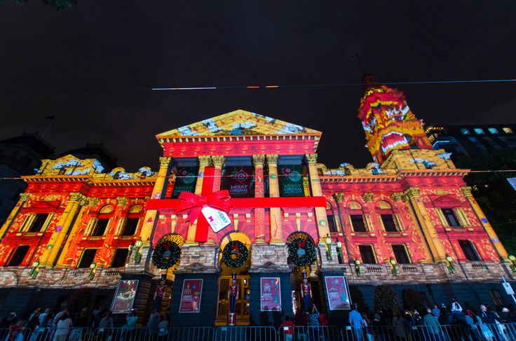 TIL that according to Australia tradition it is too hot for Santas reindeer to fly on Christmas. They take a break and are replaced by 6 flying White Boomers (male Kangaroos).