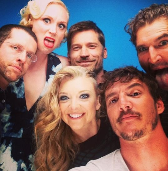 """And when the whole cast were the definition of #squadgoals, and always will be.   Community Post: 32 Times The """"Game Of Thrones"""" Cast Melted Our Damn Hearts"""