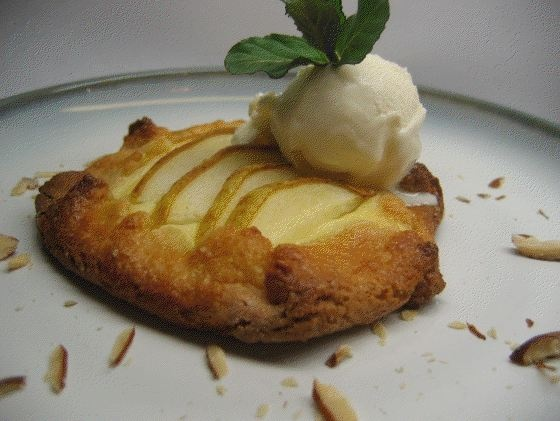Pear and Almond Crostata- Easy desert that you can freeze ahead!