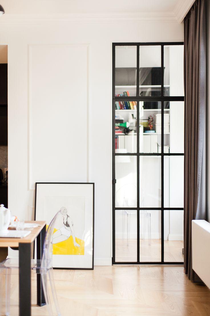 Apartment at Łazarz by Mili Mlodzi Ludzie