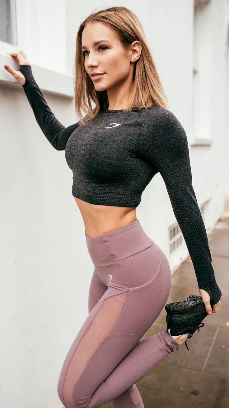 Essential gym wear. Gymshark Athlete Robin Gallant wearing the Sleek Aspire Leggings in Purple Wash. #gymshark