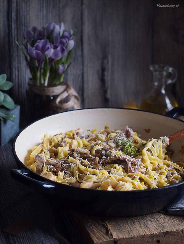 Tagliatelle z wołowiną, porami i boczniakami / Beef leek and oyster mushroom tagliatelle