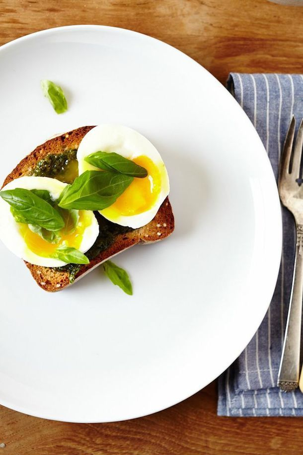 Basil Pesto & 6 Minute Egg on Toast on camillestyles #Breakfast #Egg #Toast