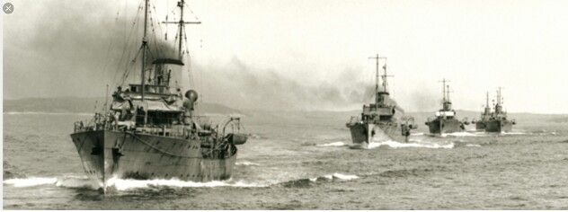 Corvettes leaving Halifax 1941