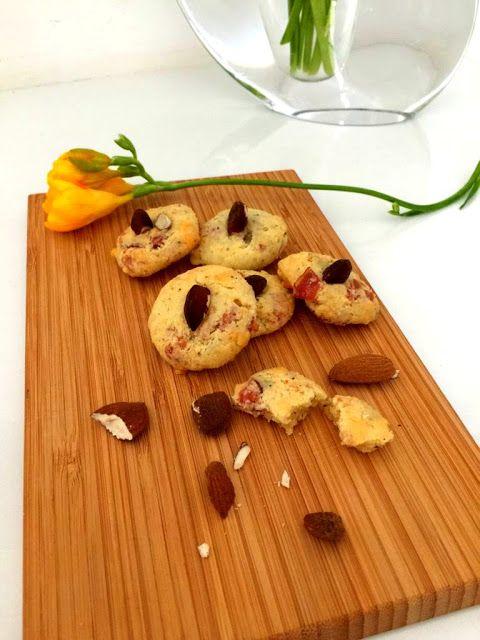 Armonia di Mandorle: Biscottini salati allo speck  gluten free