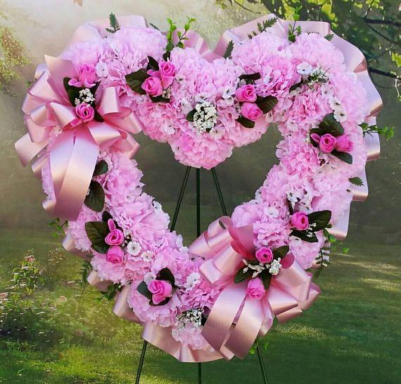 Best 25+ Funeral Flowers Ideas On Pinterest