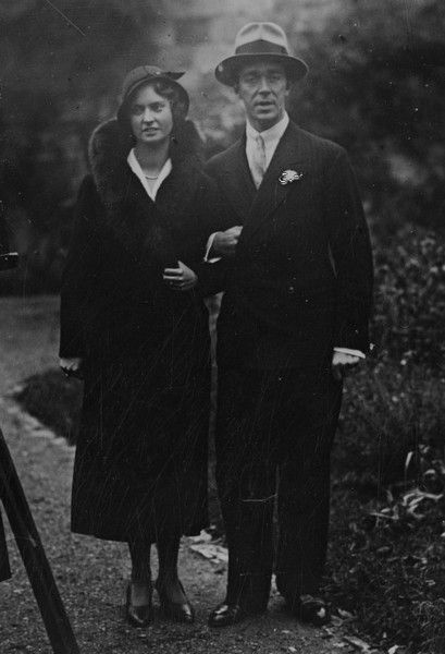caralothhabsburg:  Prince Gustaf of Sweden and fianceé, princes Sibylla of Saxe Coburg and Gotha. 1932