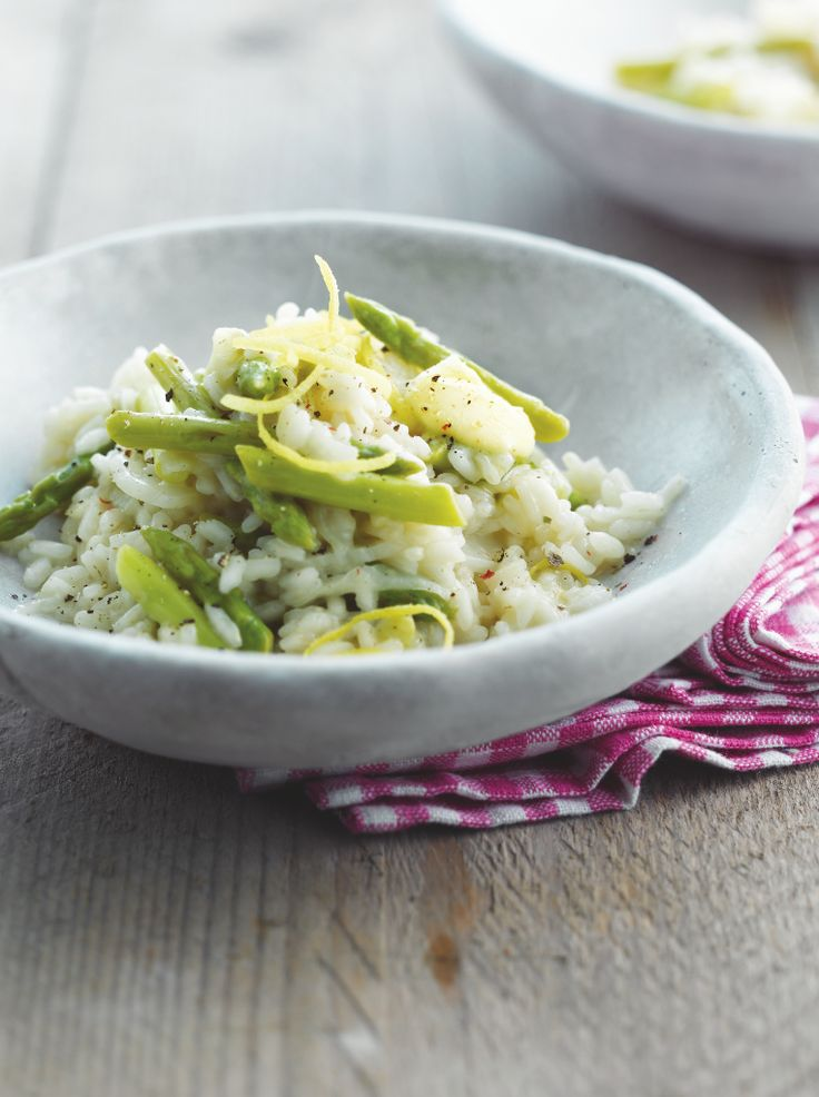 Citroenrisotto met venkel en groene asperges http://www.njam.tv/recepten/citroenrisotto-met-venkel-en-groene-asperges