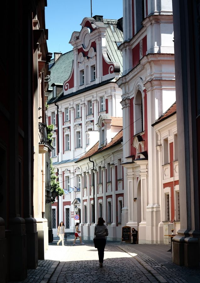 """Poznan, Poland • """"Poznan, Old Town"""" by Marek Mozalewski on http://500px.com/photo/8625218"""