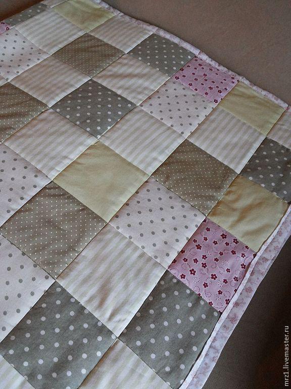 Купить Лоскутное одеяло - салатовый, нежно-зеленый, лоскутное одеяло, ткань в горошек, розовый