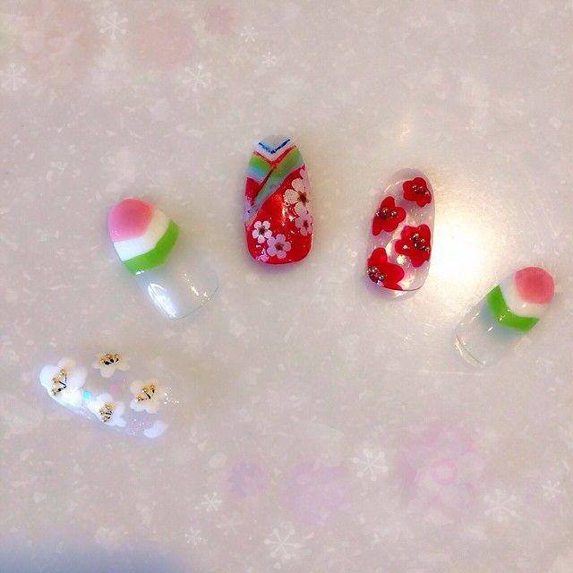 もうすぐひな祭り♡インスタで発見した「ひな祭りネイル」がかわいい! #お雛様ネイル #ひし餅ネイル | Jocee