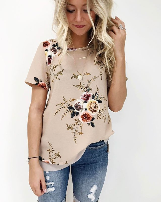 Did I mention that I'm slightly obsessed with florals at the moment?