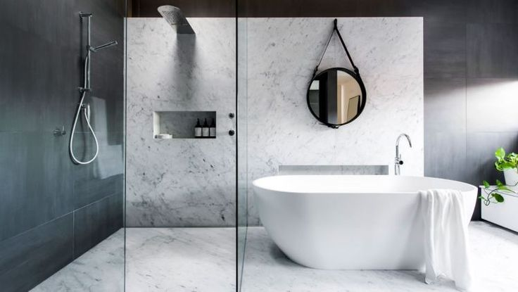 Bathroom trends to follow: this dreamy bathroom is designed by Minosa.