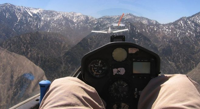 Flying like a bird in the Mojave. Glider flight at Southern California Flying Academy.   San Diego Reader