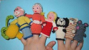 Вязаный пальчиковый кукольный театр