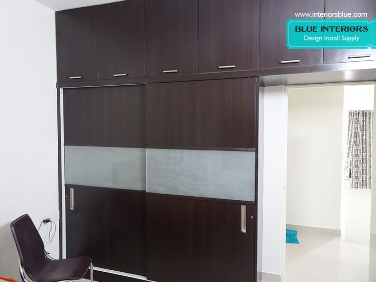 Sliding wardrobe doors for gliding style